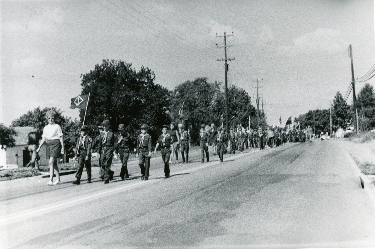 RG Police_1970s Parade001