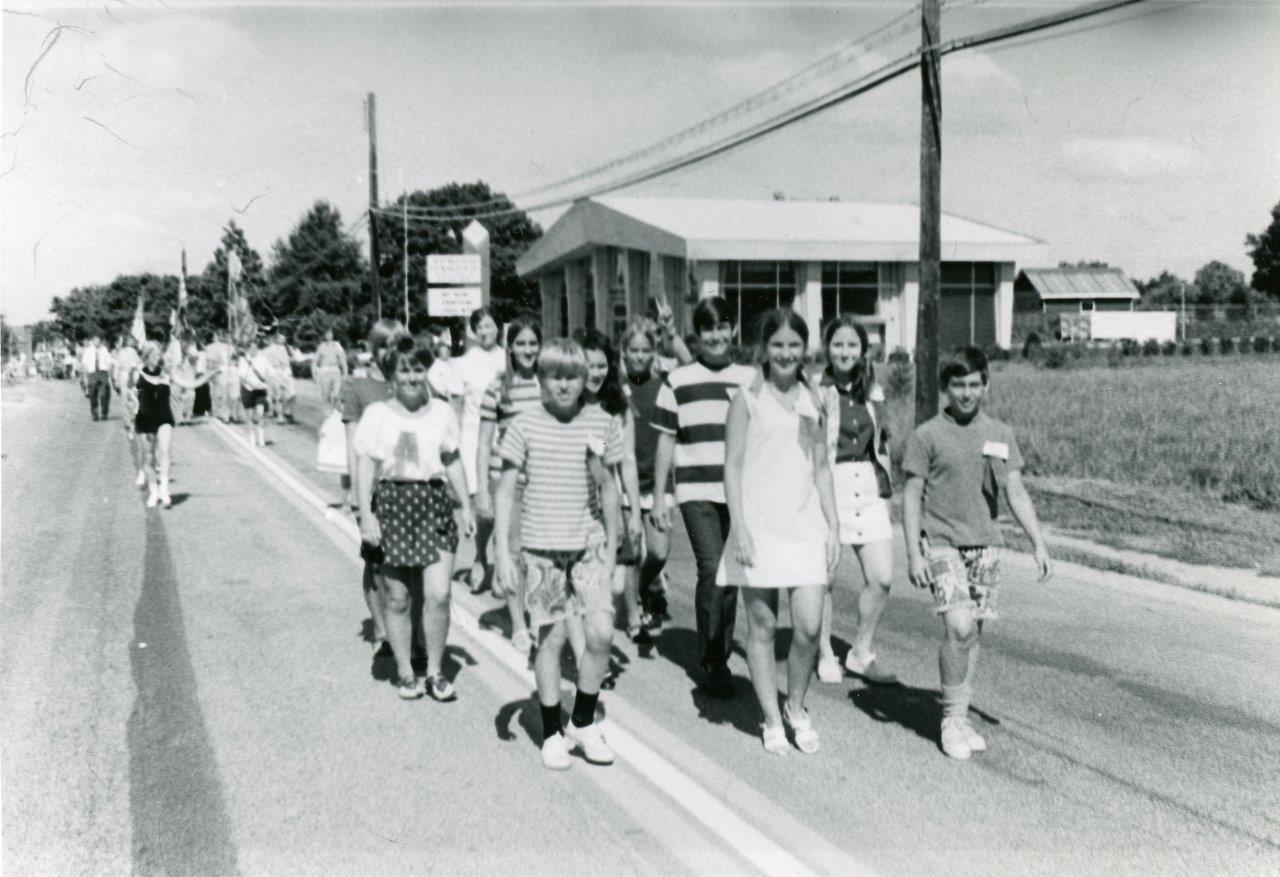 RG Police_1970s Parade003