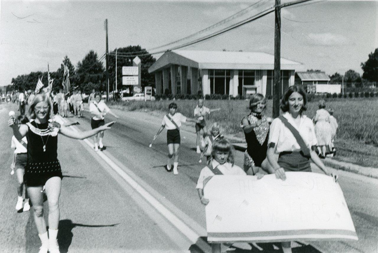 RG Police_1970s Parade004